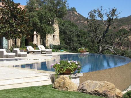 Summit Pools & Spas